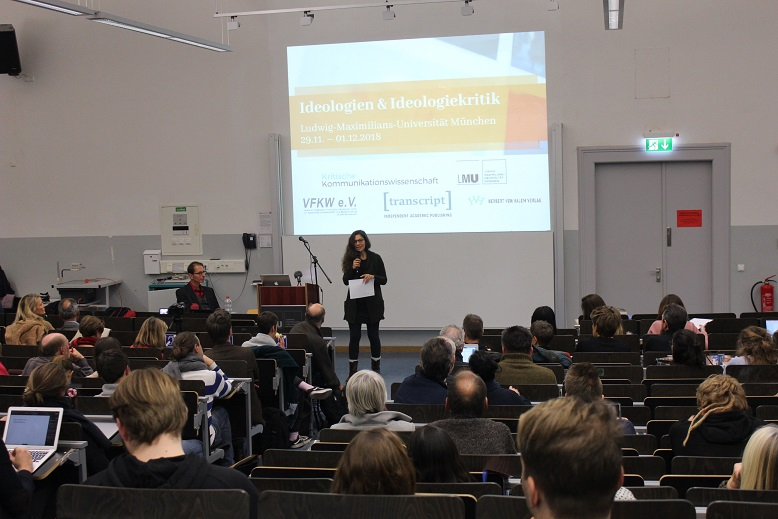 Tagungsauftakt mit Fabian Scheidlers Keynote, moderiert von Mandy Tröger